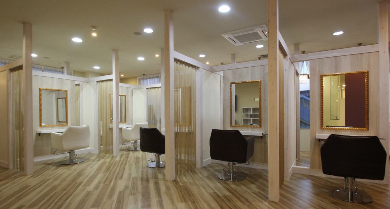 奈良県大和郡山市 大和小泉駅前美容室 SWEET ROOM 個室風の店内(*'ω'*)